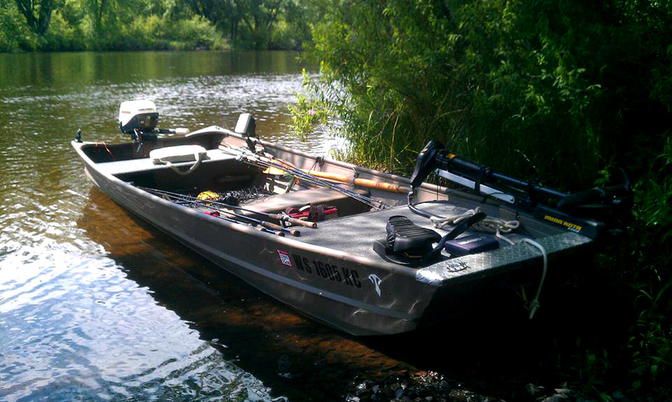 ... .com :: Specialize Your Small Fishing Boat With Custom Modifications