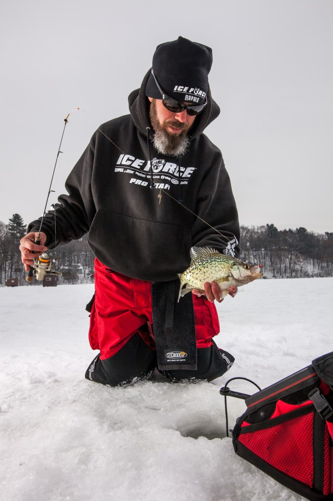 Fishing winter gear that 39 s hot on ice for Winter fishing gear